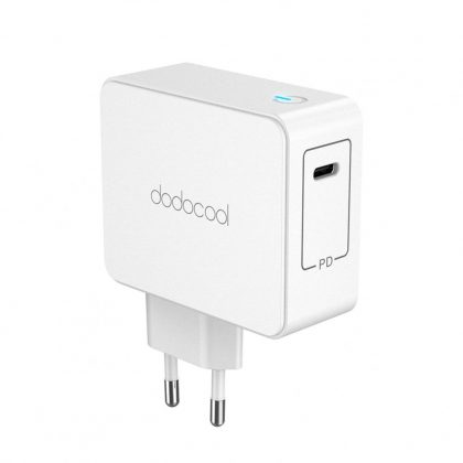 Dodocool DC58WEU fast charging unit with wall socket plug
